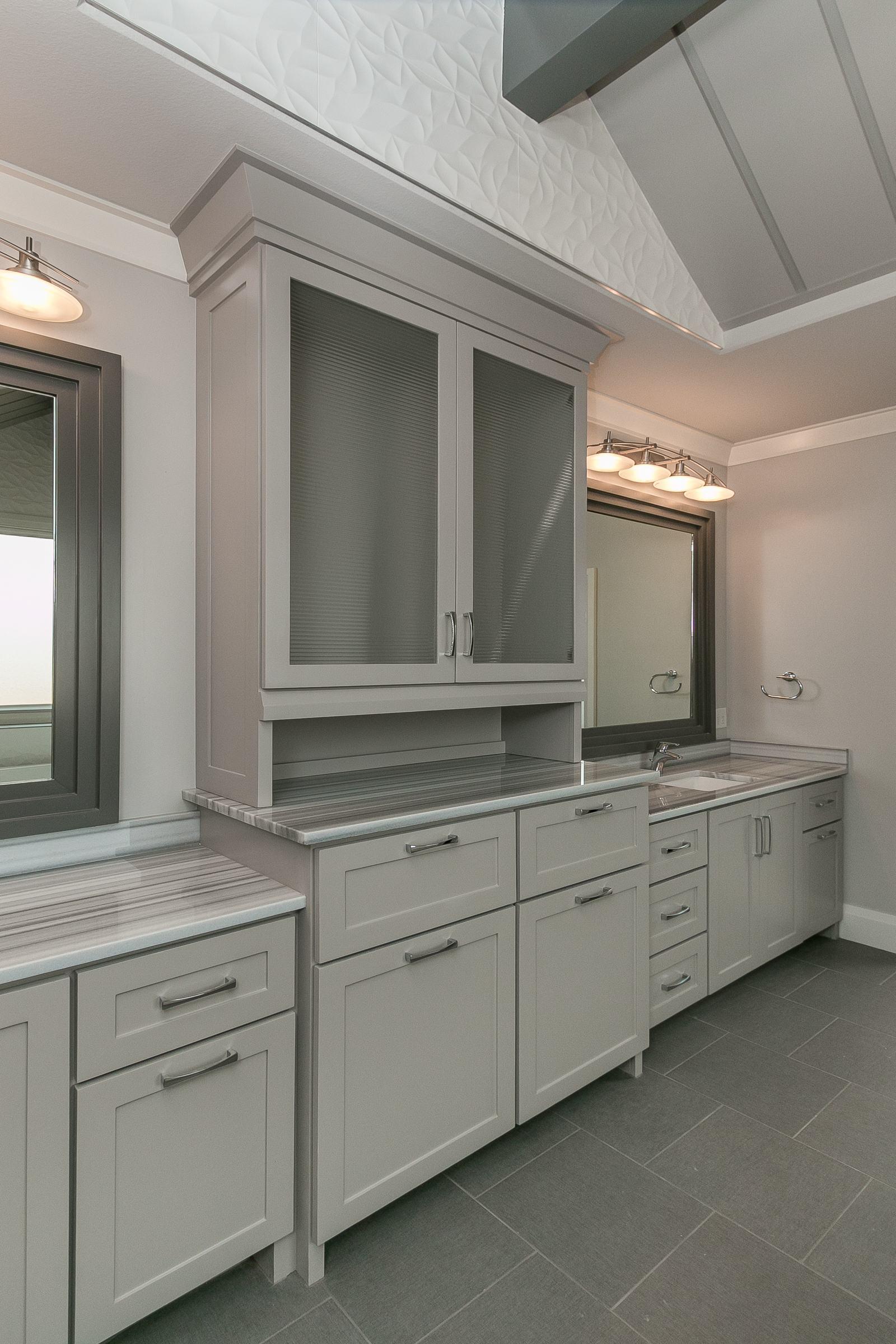 Champion 1 Builders Custom Bathrooms