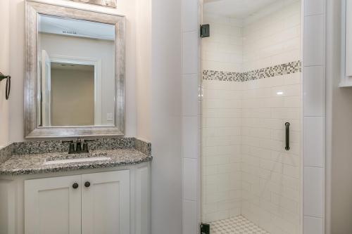 025_Bathroom 2