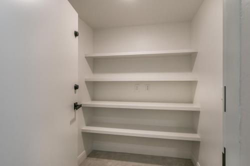 031_Safe Room