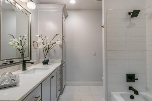037_Bathroom 3