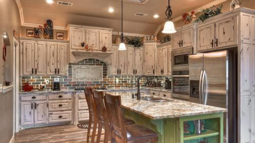 champion-1-builders-custom-kitchen-2
